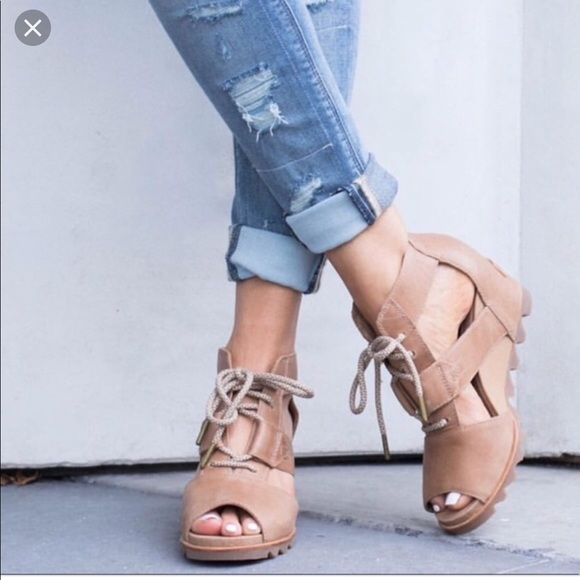 3b44f0d945e Sorel Joanie Wedge sandal! M 5bd9d0ed3c98441471f71e11